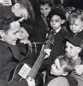 1946-a-woody-guthrie.jpg