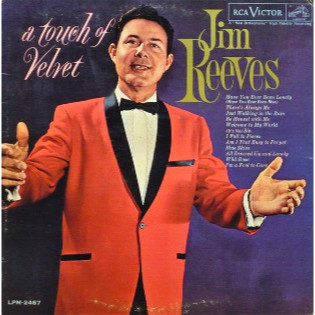 jim-reeves-a-touch-of-velvet.jpg