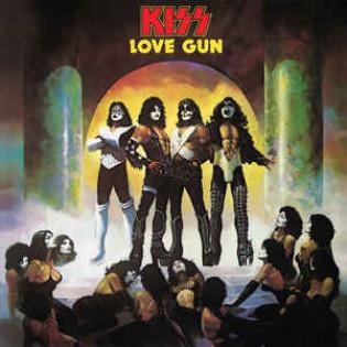 kiss-love-gun.jpg