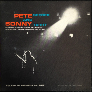pete-seeger-and-sonny-terry-at-carnegie-hall.jpg